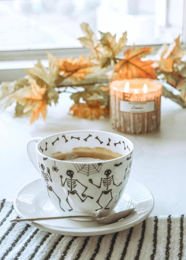Coffee Cup Fall Cup Fall Decor Fall Love Bath and Body Works Fall Candle Leaves Fall Candle Fall Leaves Pumpkin Spice-3-min